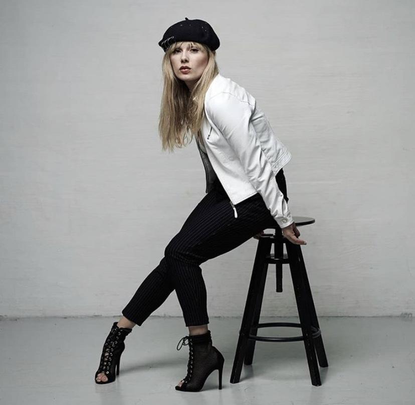 Nikoline Sjøberg - danseinstruktør